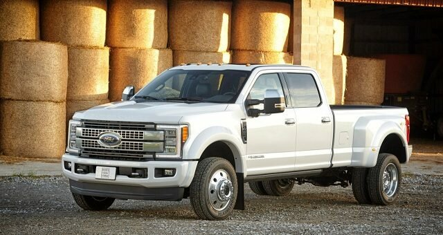 2018 Ford F-450 Review and Specs