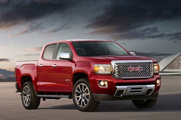 2020 GMC Canyon featured front